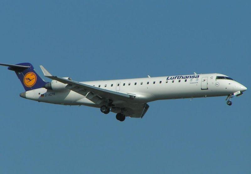 lufthansa_CRJ700