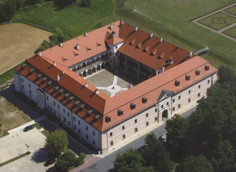zamek w niepolomicach