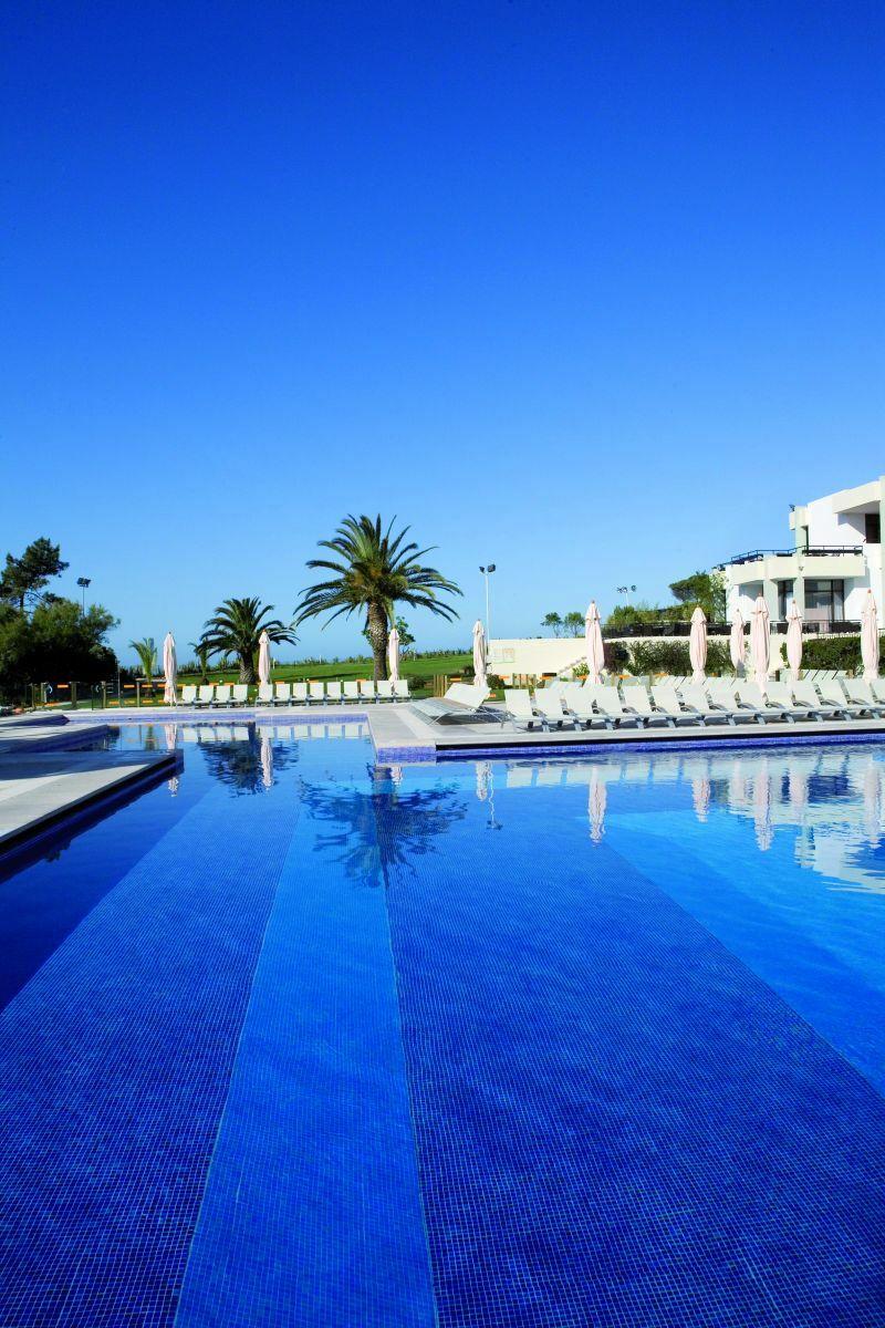 Basen ośrodka Da Balaia Club Medu
