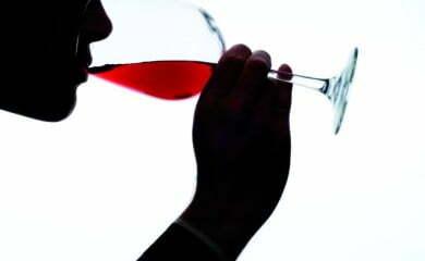 Wino lubi latać
