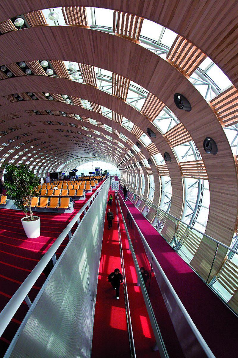 Lotnisko de Gaulle'a, Paryż