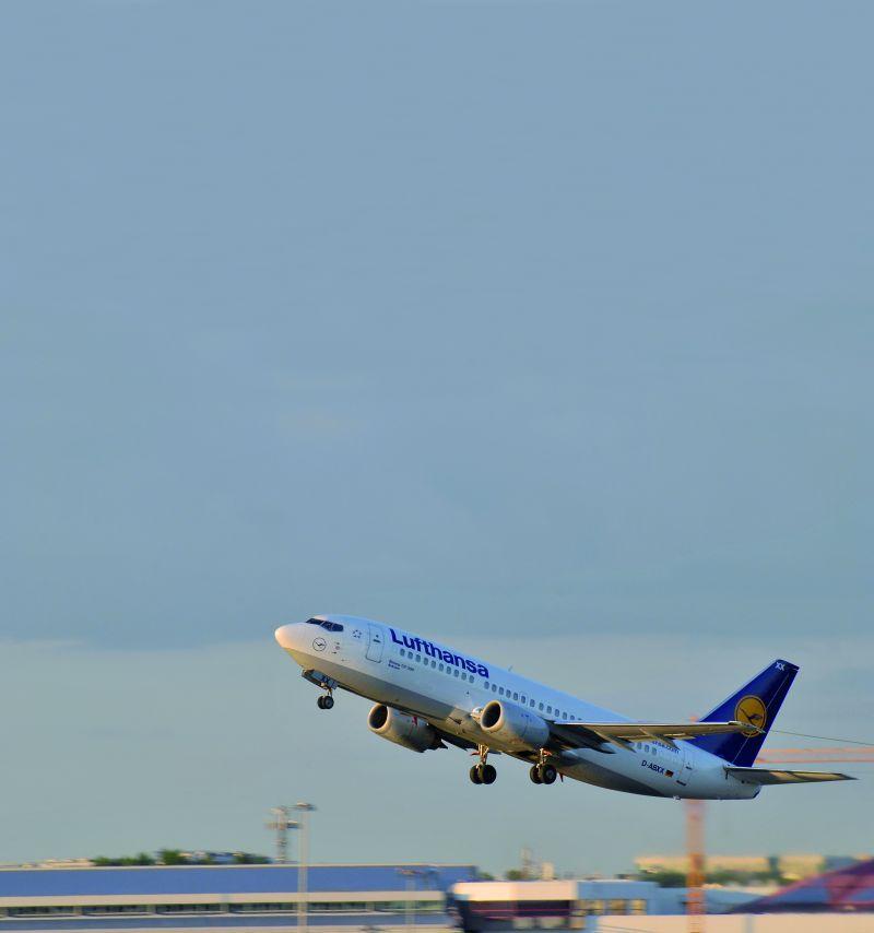 Lufthansa, Warszawa – Frankfurt – Warszawa, Boeing 737 klasa biznes