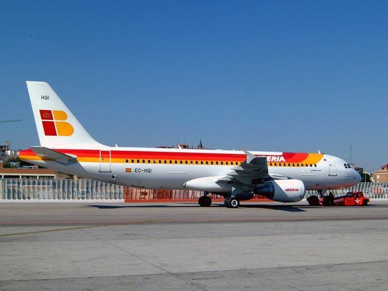 Iberia, Airbus 320 klasa ekonomiczna