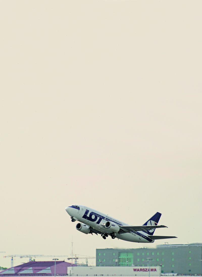 LOT, Warszawa – Stambuł, Boeing 737-500 klasa business