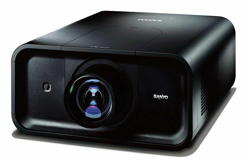 Sanyo_PLC-HP7000L