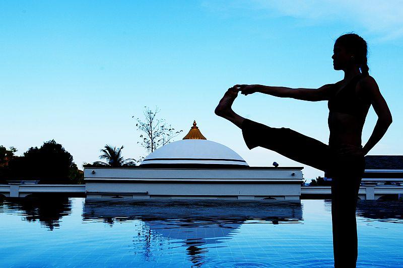 pool-yoga