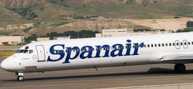 Samolot hiszpańskiej linii Spanair. Fot. Barcex/Wikimedia Commons lic. 3.0
