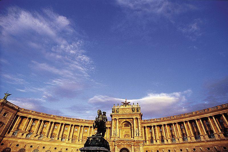 Hofburg -wiedeński pałac władców Austrii.Fot. WienTourismusMAXUM