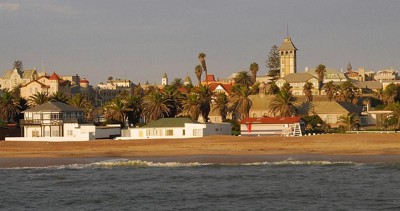Miasto wybudowane na piaskach pustyni przez niemieckich kolonizatorów. Fot. Piotr Grzybowski
