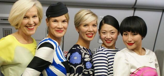 Stewardessy Finnair'a w strojach Marimekko. Fot. Filip Gawryś