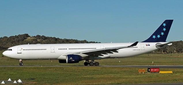 HiFly_Airbus_A330-321_CBR_Gilbert-1[1]