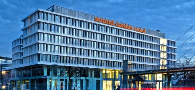 fasada_sound_garden_hotel