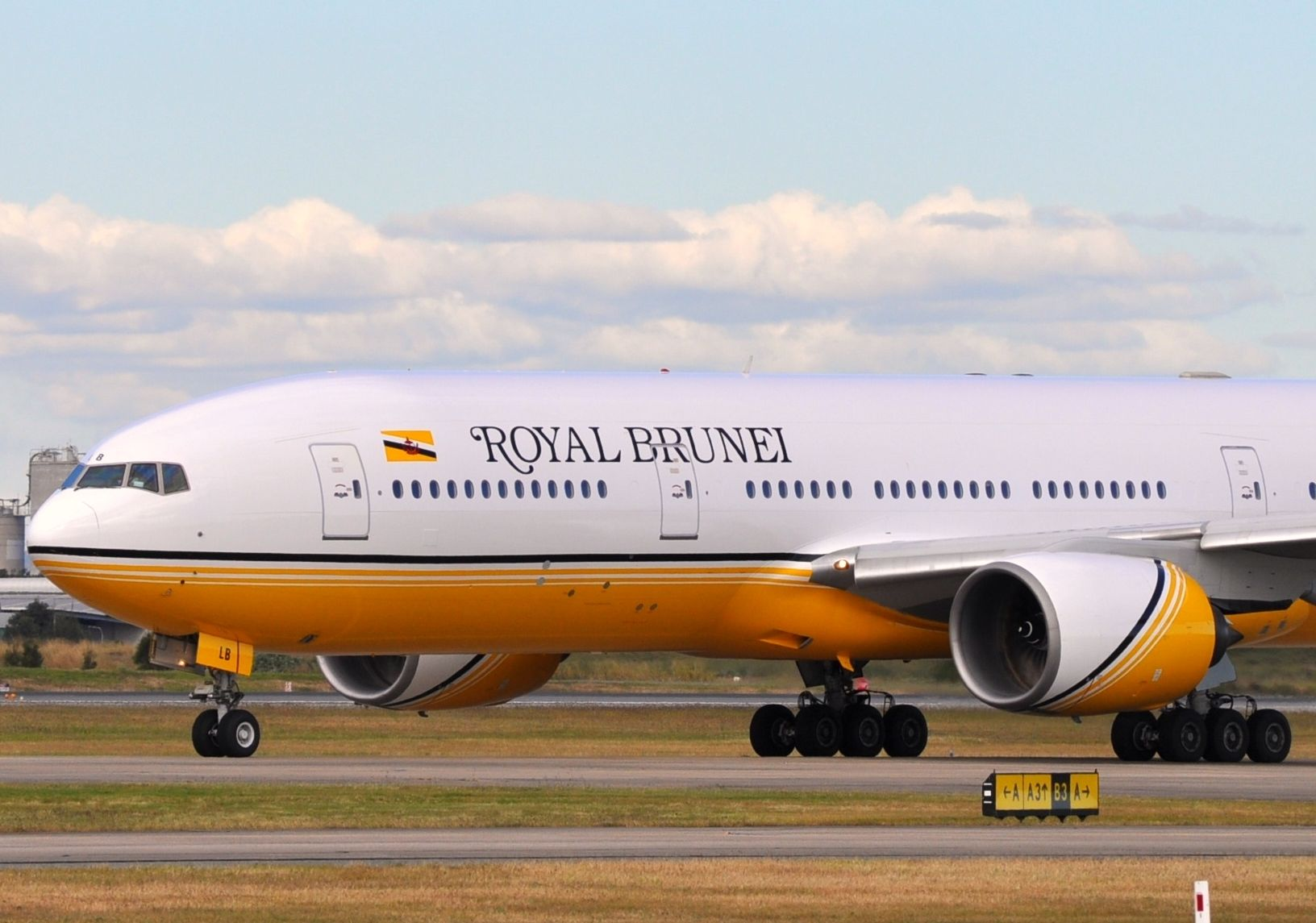 Boeing 777 w barwach Royal Brunei Airlines. Fot. David McKelvey/Wikimedia Commons LIC. 2.0