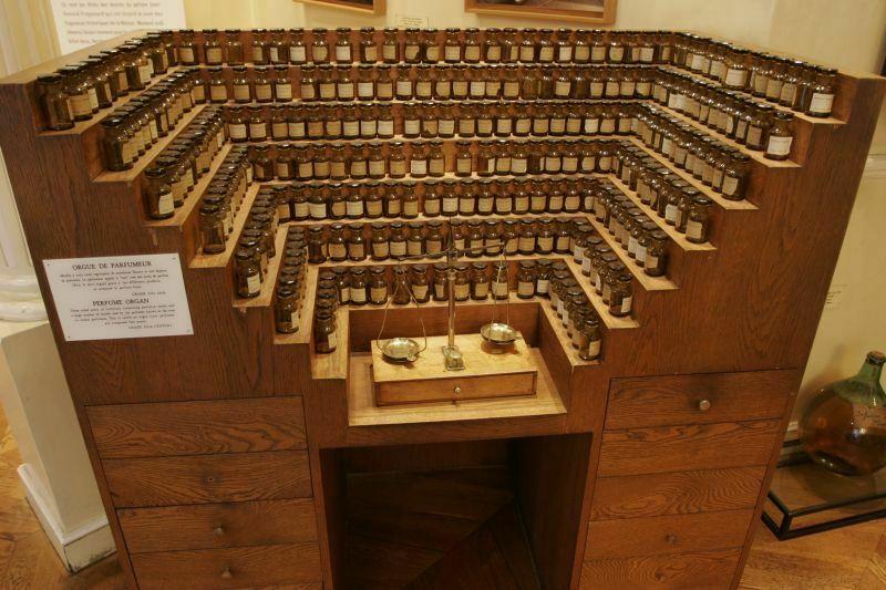 perfume organ, fragonard