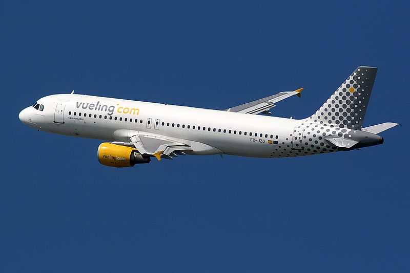 Vueling Airlines Airbus A320 - Wikipedia