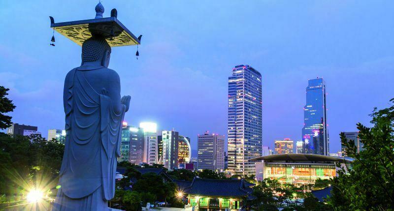 Żeby zobaczyć i pokochać Seul, trzeba w nim spędzić więcej niż jeden dzień. Warto opracować specjalny program zwiedzania. Fot. Fotolia.com