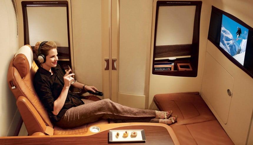"""Przyzwoicie wygląda też w Singapore Airlines """"sypialnia-kajuta"""". Pełna intymność."""