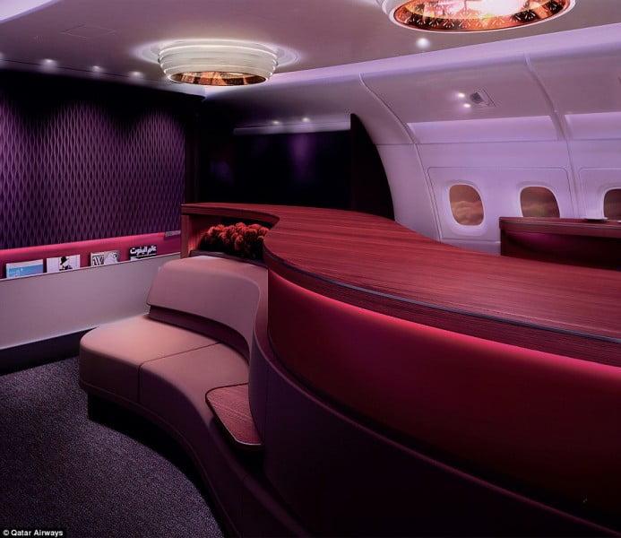 Gruszek w popiele nie zasypia inna pięciogwiazdkowa linia lotnicza z Bliskiego Wschodu Qatar Airways.