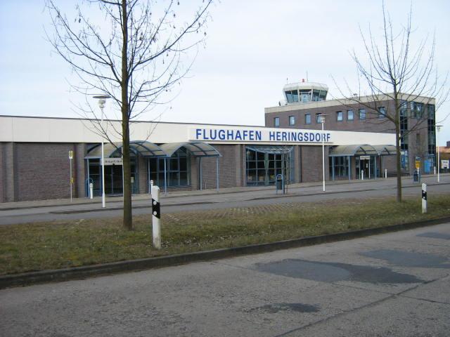 Lotnisko w Heringsdorf. Fot. Radosław Drożdżewski, Lic CC BY 3.0
