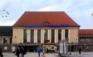 Dworzec w Gliwicach. Fot. Therud, CC BY-SA 3.0