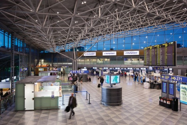 Hala odlotów na lotnisku Helsinki Vantaa