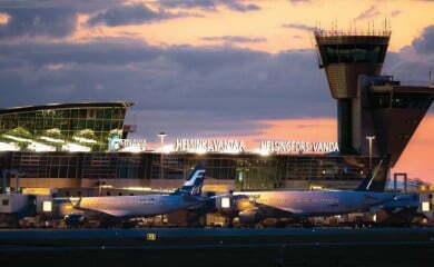 Port w Helsinkach robi co w jego mocy, by stać się hubem idealnym. Co prawda oferuje wiele bezpośrednich połączeń między stolicą Finlandii i innymi miastami Europy, ale tak naprawdę jego głównym, strategicznym celem jest spajanie ze sobą ruchu lotniczego z Europy i reszty świata.