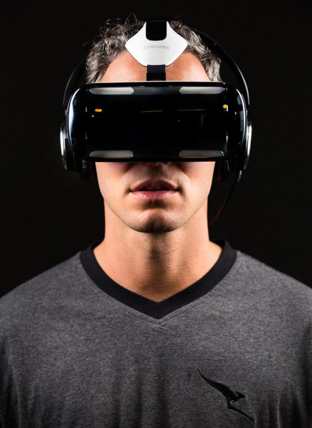 qantas-samsung-gear-VR-designboom04