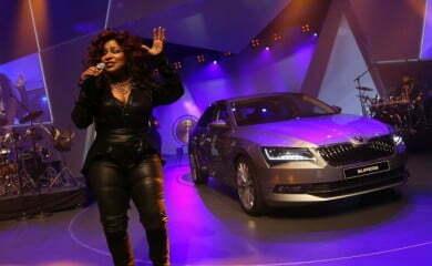 Amerykańska wokalistka Chaka Khan podczas koncertu w trakcie prezentacji nowej Skody
