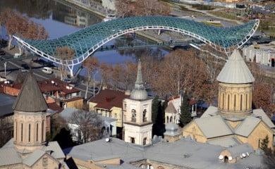 Panorama Tbilisi. Fot. Fotolia.pl