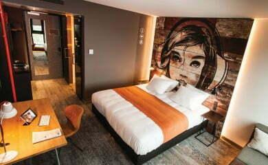 Tak wygląda pokój w hotelu Jazz In The City