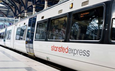 stansted-express-pociag-z-lotniska-stansted-2