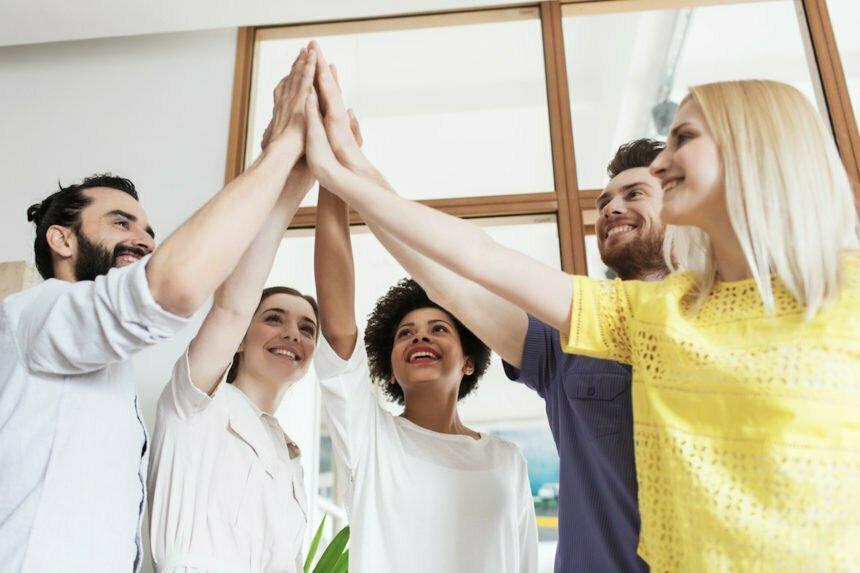 accor_foto_zintegrowani-pracownicy-i-zadowolony-pracodawca-jak-zorganizowac-wyjazd-integracyjny-1